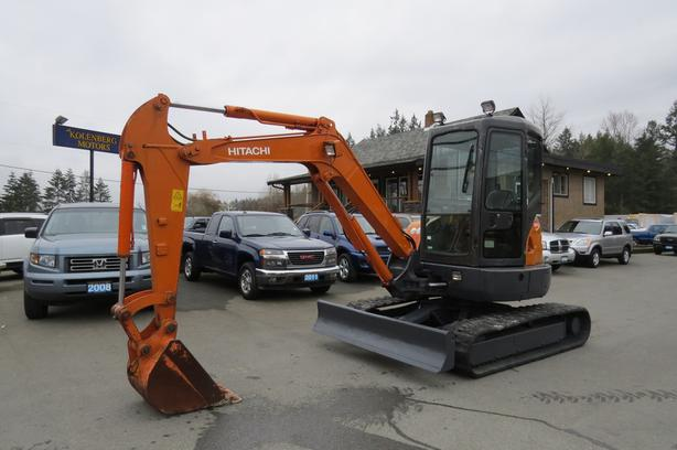 2001 HITACHI ZX 40-3 EXCAVATOR (Reduced to Sell!)