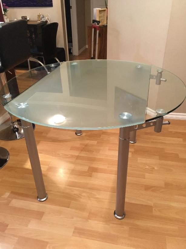 Tempered Glass Adjustable Dining Table 50 Or Best Offer Saanich Victoria Mobile
