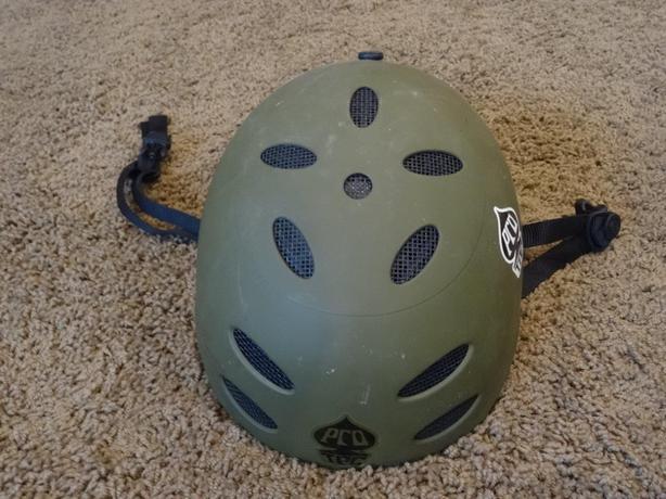 Helmet - green