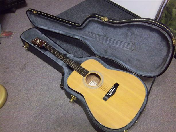 Yamaha Acoustic guitar (FG 340) plus Seiko tuner  ))REDUCED((
