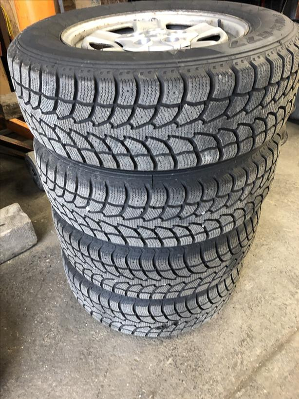 225/65R16 TIRES AND RIMS