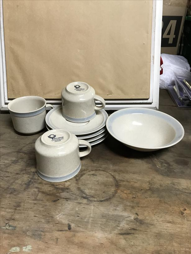 8 piece Japan , Tamaka stoneware