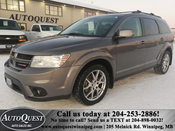 2012 Dodge Journey R/T , Leather Heated Seats, Backup Camera, Navigation!