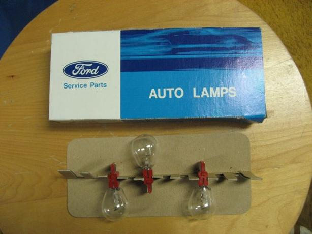 Replacement light bulb for Ford - No. 3357