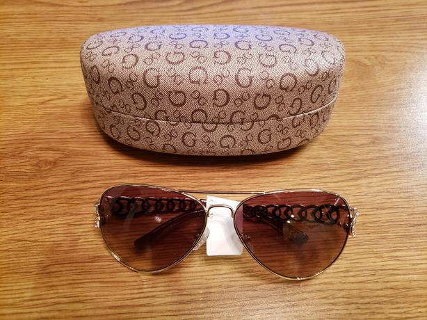 BRAND NEW GUESS SUNGLASSES AND CASE