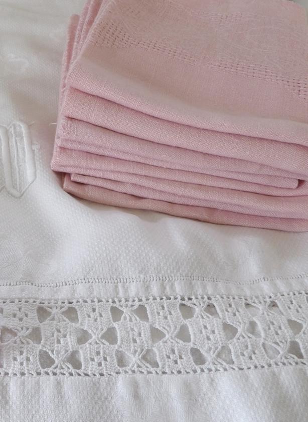 2 Sets of Vintage White Irish Linen Damask Napkins, Pink Napkins...
