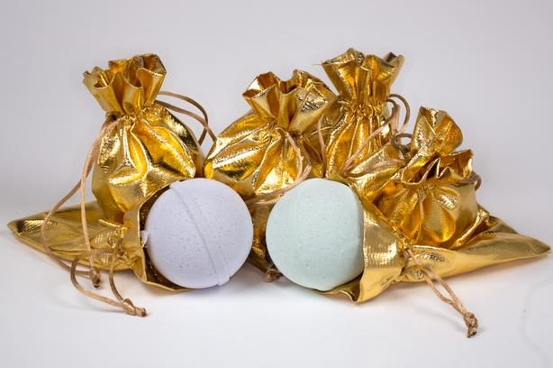 Great Gift idea for Arthritis sufferers : Copper Infused Bath Bombs