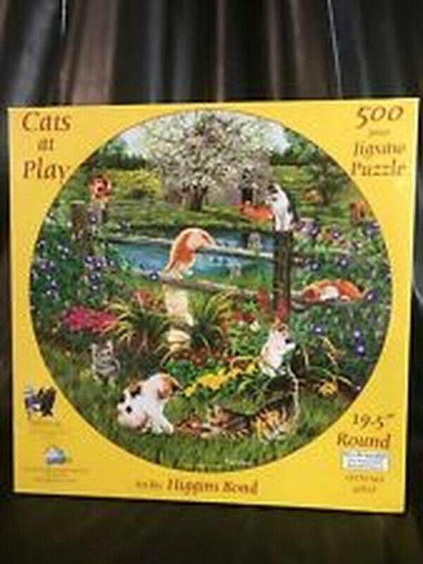Cats At Play 500 Piece Round Jigsaw Puzzle