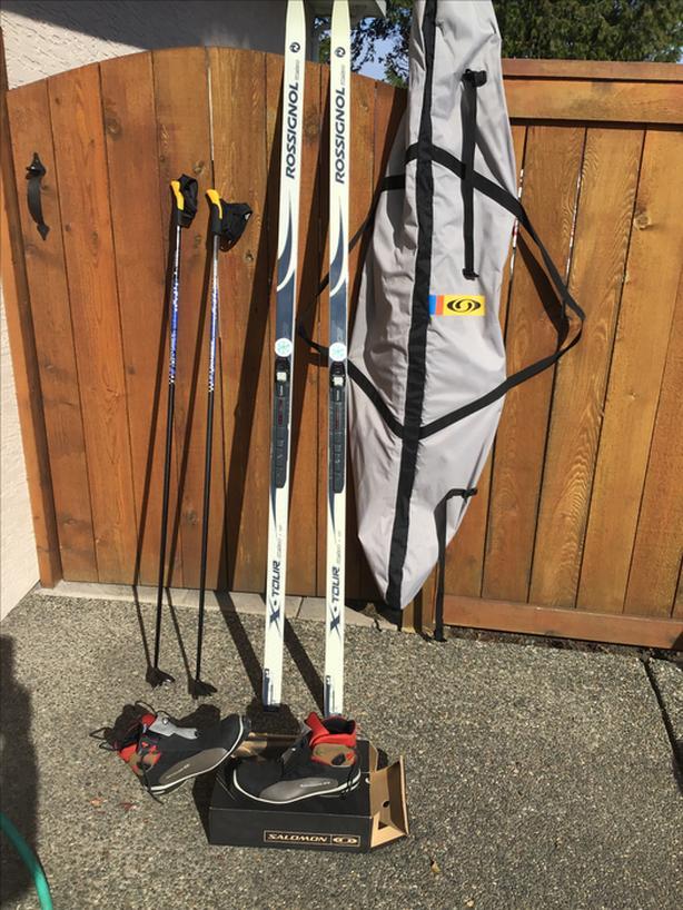 Rossignol/Salomon Classic XC ski set