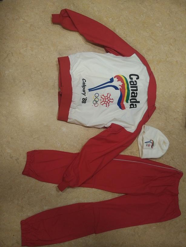 1988 Olympic Torch Relay Runners Suit with a toque
