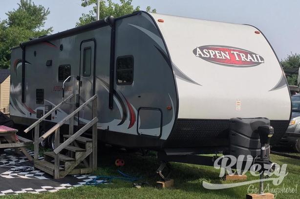2810BHS (Rent  RVs, Motorhomes, Trailers & Camper vans)