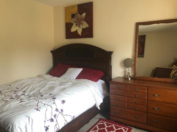 Room for rent for female working/student