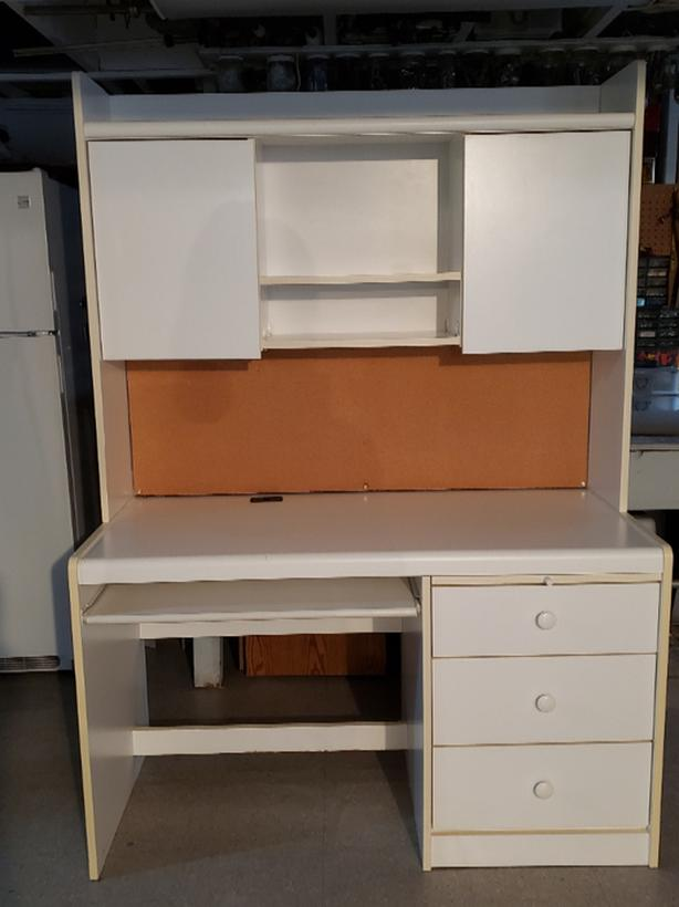 White Computer Desk and Hutch with 3 Storage drawers