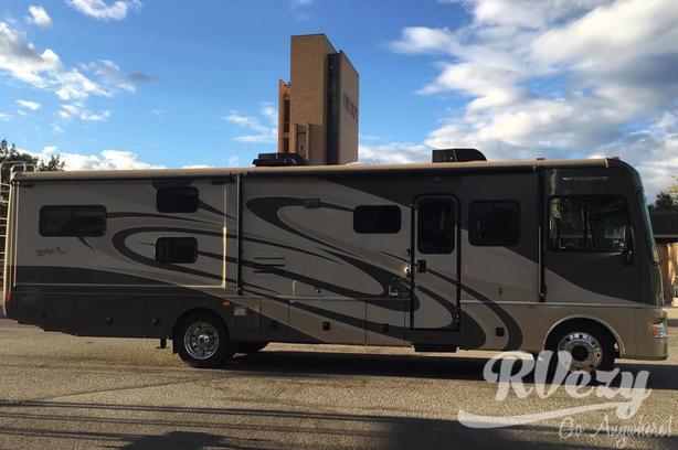 Terra LX (Rent  RVs, Motorhomes, Trailers & Camper vans)