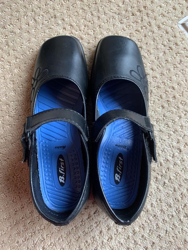 New Black shoes- Size 7