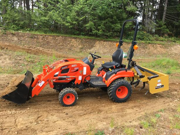 2019, Kioti CS2210 tractor with SL2410 loader, like new