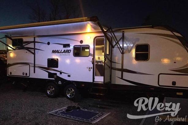 M26 (Rent  RVs, Motorhomes, Trailers & Camper vans)