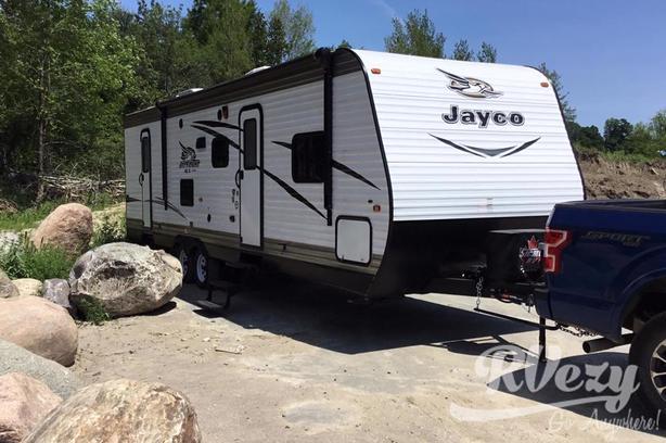287 BHS (Rent  RVs, Motorhomes, Trailers & Camper vans)