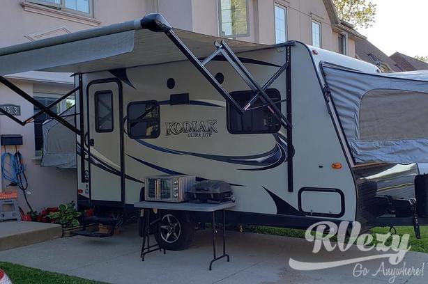 Kodiak (Rent  RVs, Motorhomes, Trailers & Camper vans)
