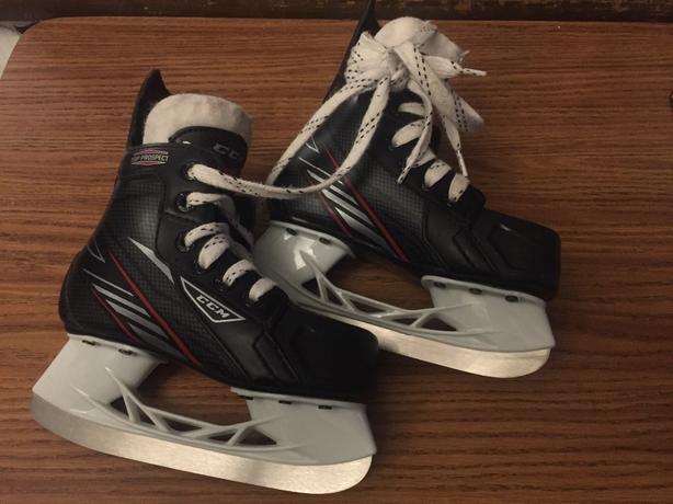 Youth CCM Top Prospect Size 10 J Hockey Skates
