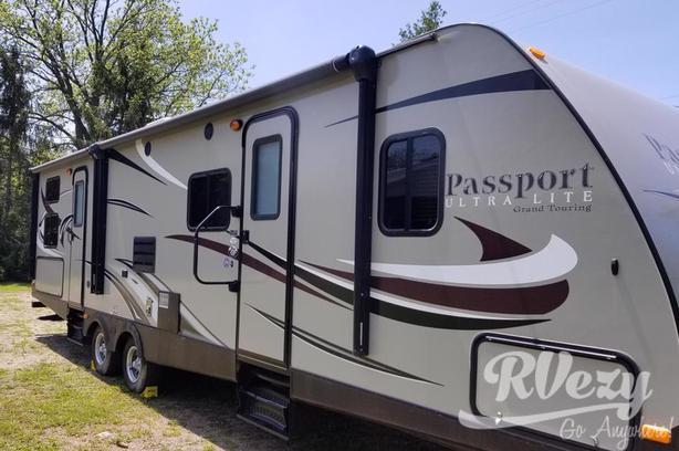 Passport ultralite  (Rent  RVs, Motorhomes, Trailers & Camper vans)