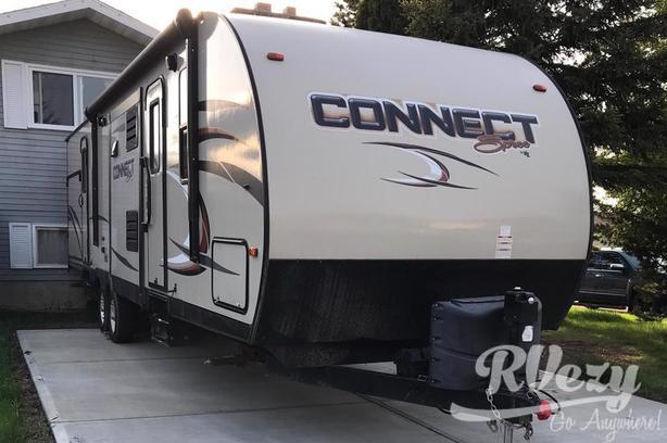 Spree Connect C322IKS (Rent  RVs, Motorhomes, Trailers & Camper vans)