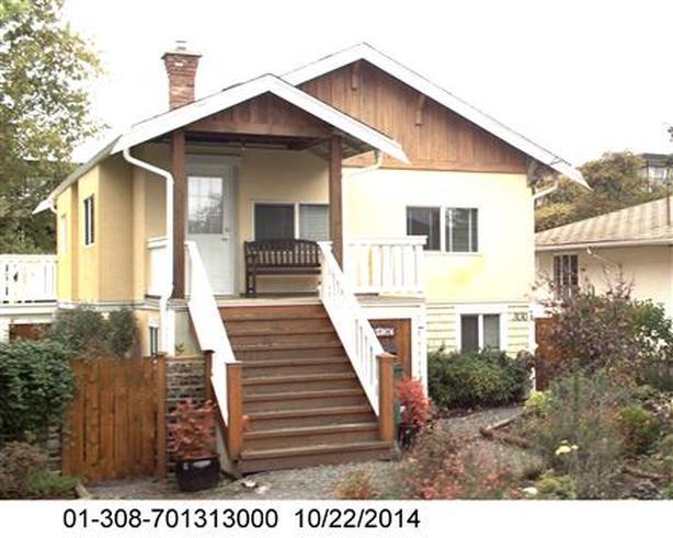 worth it -- bright 2 bedroom upper duplex for rent