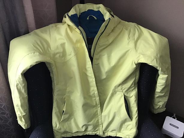Woman's ski jacket