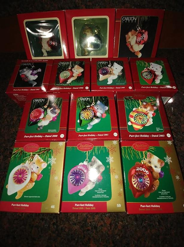 Set of 13 Purr-fect Holidays Carlton Christmas ornaments