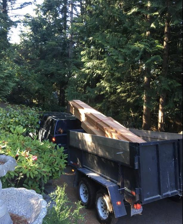 Double axle dump trailer / high wall