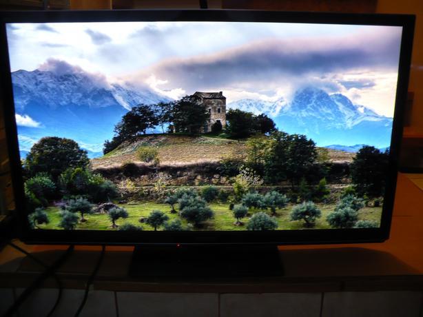 """sell 60"""" Panasonic 1080P plasma 3D TV, not smart TV"""