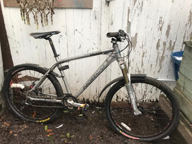 NORCO NC05 Charger