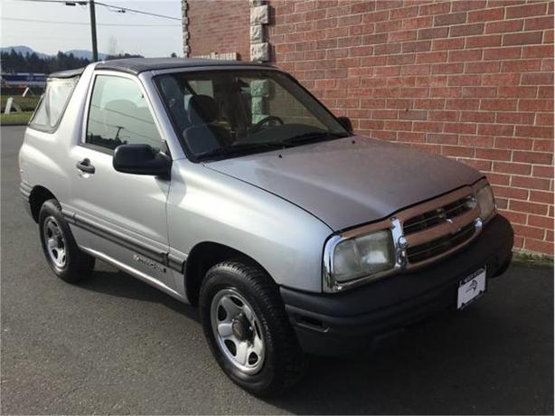 2001 Chevrolet Tracker CONVERTIBLE   2WD