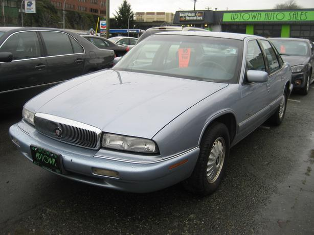 Super clean Buick Regal only 165887Km's. NO ACCIDENTS