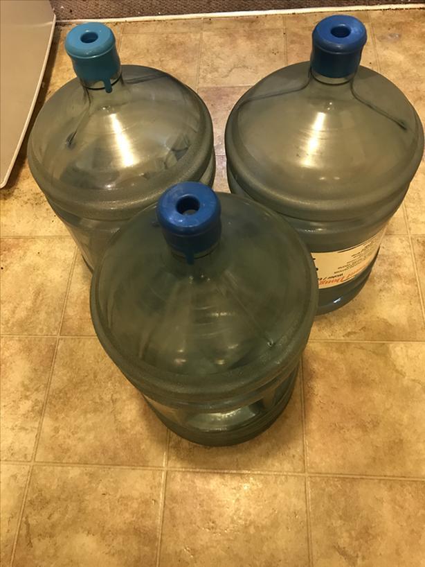 FREE : 18.9 L WATER BOTTLES