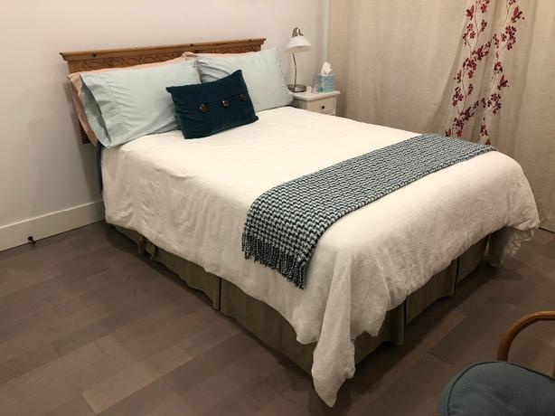 FREE: one double bed and one queen