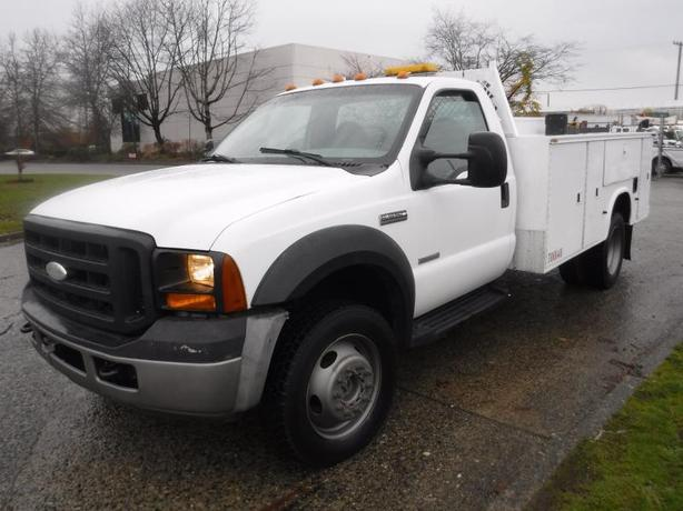 2007 Ford F-550 Regular Cab Diesel 4WD Dually Service Truck