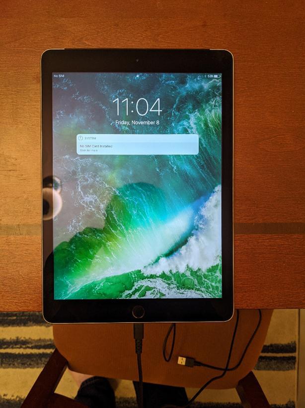 200 OBO iPad air 2 cellular 64gb