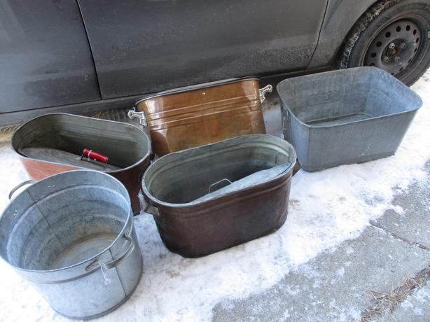 ESTATE GALVANISED AND COPPER TUBS