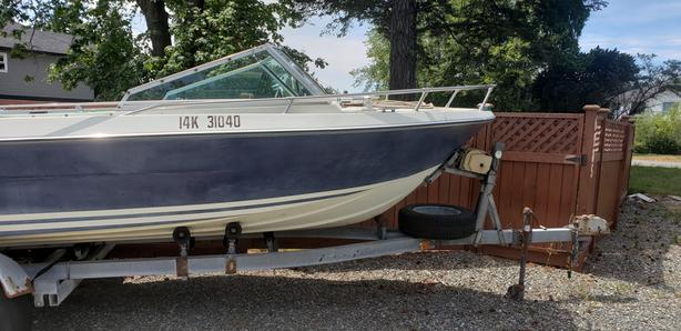 18 ft Glsply Runabout with all the accessories - Open to reasonable offers