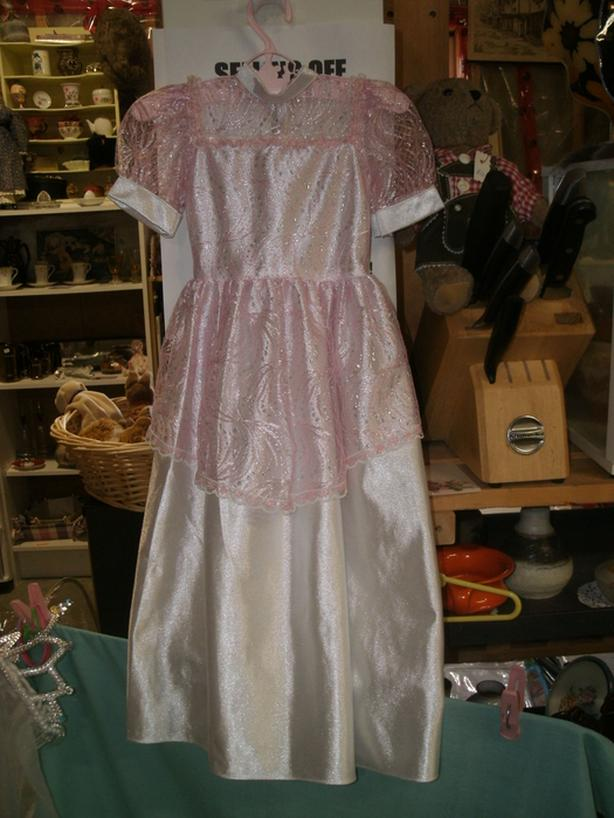 """1950's 24"""" Vintage Doll Dress with crown & veil"""