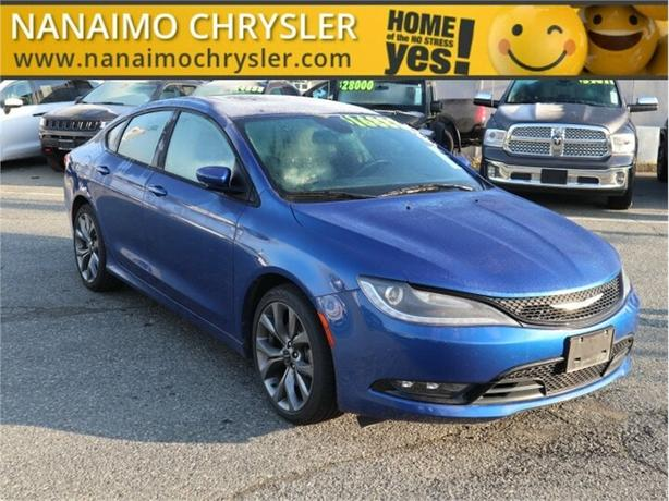 2015 Chrysler 200 S No Accidents Panoramic Sunroof