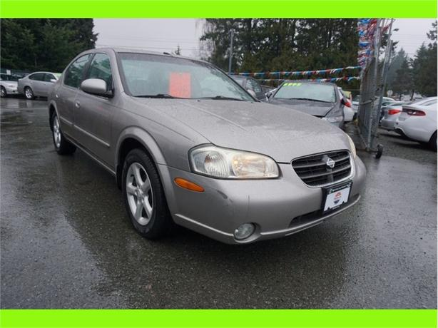 2001 Nissan Maxima 4dr Sdn GXE Auto
