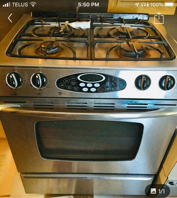 Maytag Slide-In Gas Range