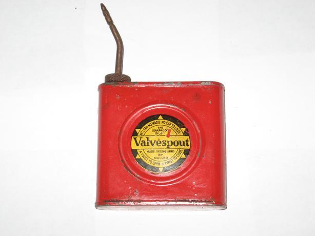 Vintage Valvespout oil can Muller leakproof oiler