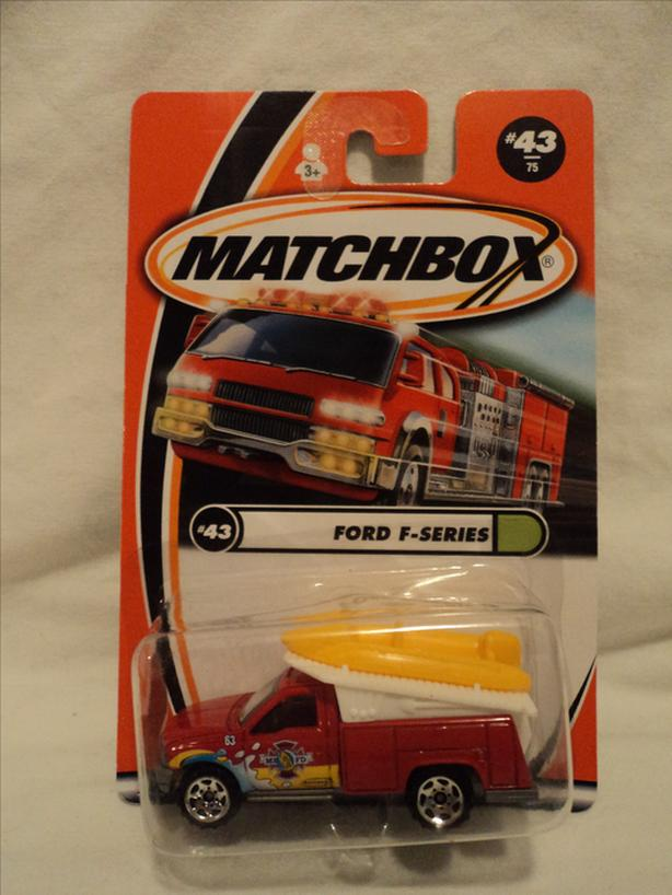 1/64 MATCHBOX FORD F-SERIES #43
