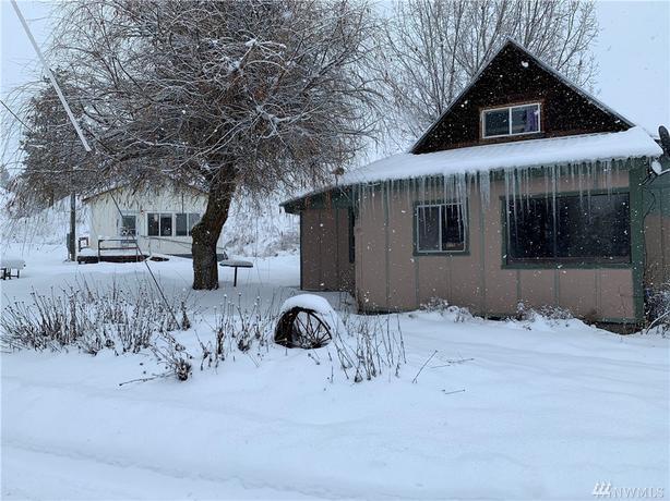 20 Acres of Peace & Quiet Living