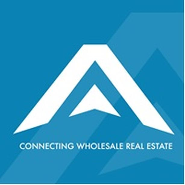 The #1 Marketplace for real estate deals