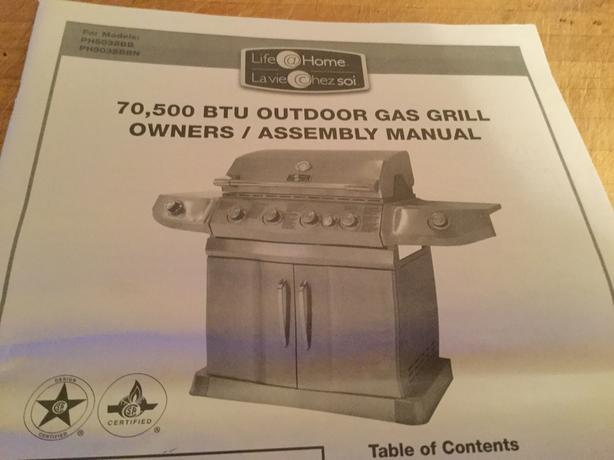75,500 BTU Outdoor natural gas Grill