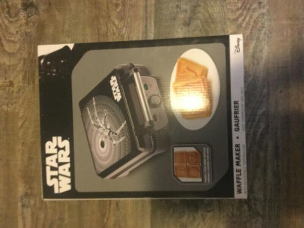 Starwars Waffle Maker - Black In Colour
